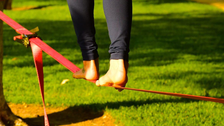 Slacklining: ¿puedes aprender a caminar sobre una cuerda?